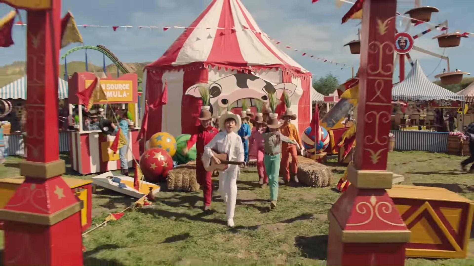 我認為你也會愛的 Michel Gondry 終於有新作品,這次他幫漢堡王拍了牛放屁的廣告影片